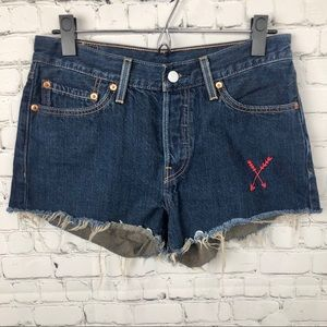 Levi's Embroidered Frayed Shorts 27